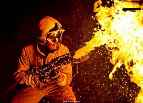消防员、警察怎么买保险?2021高危职业投保方案!